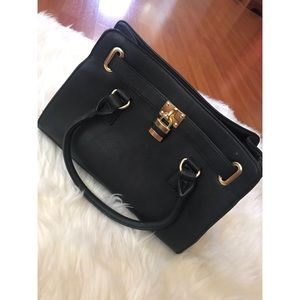 💕charming Charlie purse